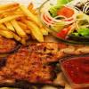Половинка цыпленка с картофелем фри и салатом Веранда