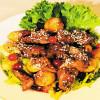 Салат из куриной печени и карамелизированых яблок Веранда