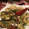 Овощи гриль с чесночным соусом Мясо Хаус