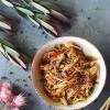 Яичная лапша с курицей и креветками Moon Cafe
