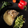Судак в сливочно-сырном соусе с грибами с картофельным пюре с салатом из сезонных овощей Вареники