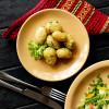 Картофель, отварной со сливочным маслом и зеленью Вареники