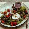 Запеченный камамбер с ягодным соусом Филижанка