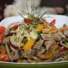 Салат с телятины и овощами Кумир