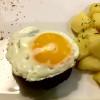 Бифштекс с отварным картофелем Lunch Cafe (Ланч Кафе)
