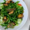 Легкий салат с рукколой, грибов и сельдерей Cream Soda