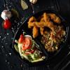 Чикен стикс с рисом басмати, овощами и салатом из сезонных овощей Dinapoli
