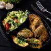 Телячья печень жареная в кляре с запеченным картофелем и с салатом из сезонных овощей Вареники
