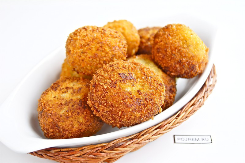 Картофельные шарики с телятиной Стейк Хаус