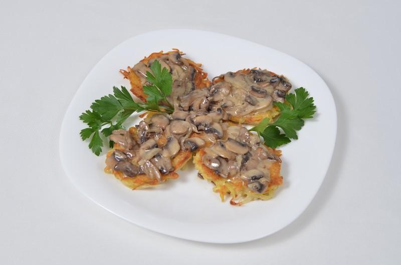 Драники с грибами Кумир